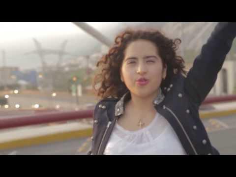 Leslie Sonido – Frecuencia de Amor (Electrizante) ft. Marko Zavala