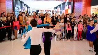 Dansam impreuna..la Braila Mall 3 (Style Dance Braila)