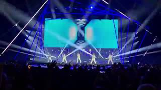 BACKSTREET BOYS | Don't Go Breaking My Heart / Larger Than Life [Live at Lisbon DNA World Tour 2019]