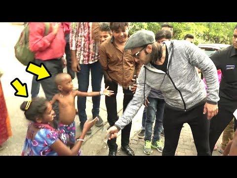 Beggar & Her Child Ask Ranveer Singh For Handshake.. What Ranveer Does Next Will Melt Ur Heart Mp3