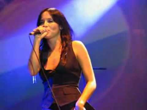 Andrea Corr - Take Me I'm Yours (Live In Barcelona)