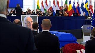 Europe pays tribute to German titan Helmut Kohl
