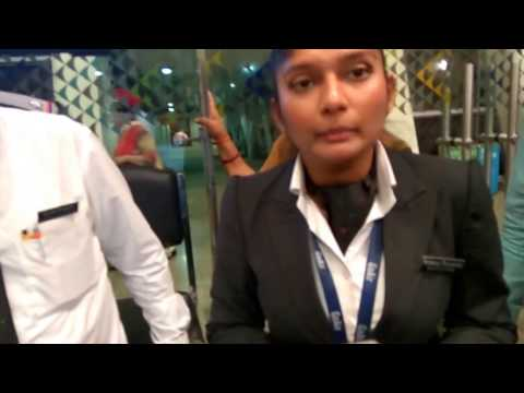 Go Air pathetic server....fight at domestic airport....Dec 2017