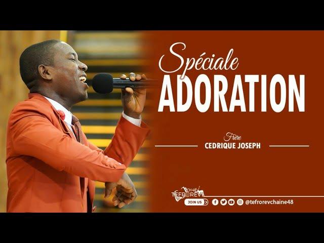 Frère Cédrique Joseph en adoration   Béni soit le nom du Seigneur