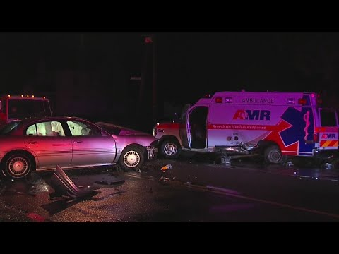 Ambulance involved in crash in Youngstown