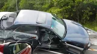 Смотреть видео ДТП с прицепом на автобане .Австрия онлайн