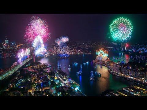 Sydney Harbour Midnight Fireworks | Sydney New Year's Eve 2019