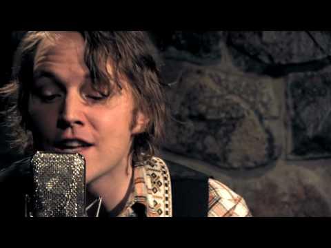 Luke Doucet & Melissa McClelland - Broken One