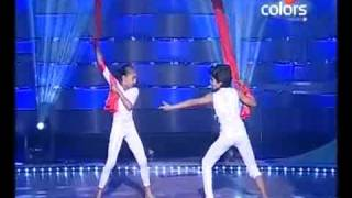 Chak Dhoom Dhoom 10 July 2010 - Sparsh & Gauri - ye Hasin waadiyan.avi