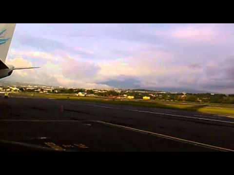 Aterrizaje de emergencia. San Jose, Costa Rica LAN Peru LA2599