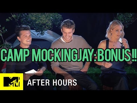 Jennifer Lawrence & Josh Hutcherson Gender Swap Iconic Scene | MTV After Hours with Josh Horowitz