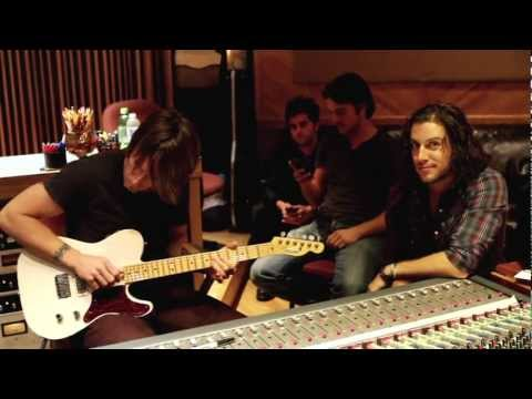 "Brandon Green featuring Keith Urban ""Love Lovin' You"" Guitar Center's Your Next Record"