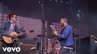 The Maccabees - Marks To Prove It (Live At Glastonbury Festival feat. Jamie T, UK / 2015)