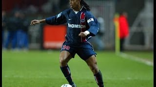 PSG : Le but sensationnel de Ronaldinho contre Guingamp