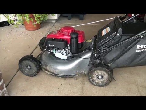 HOW TO FIX a Honda Lawnmower that REVS up TOO MUCH. Repair GOVERNOR ADJUSTMENT - Too high RPMs.