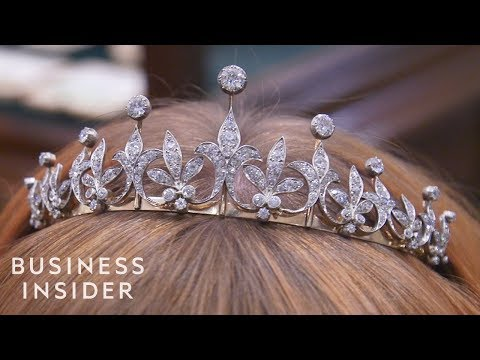 Historic Jewelry Worth Over £1 Million At Prestigious London Store