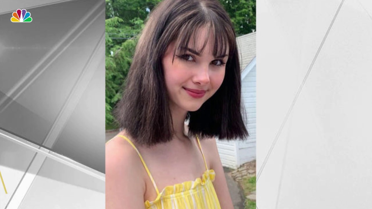 Instagram Killing: Man Kills New York 17-Year-Old Bianca Devins, Posts Gory Photos Of Corpse Online