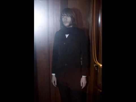 Maximilian Hecker - Messed-up Girl (ballad version) mp3