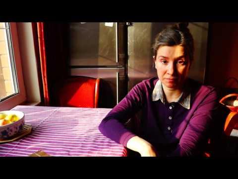 Смотреть Екатерина Шульман: Пятиэтажки: О проекте закона о реновации жилого фонда Москвы онлайн
