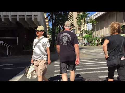 Walking Kuhio Ave 1/24/2018 [HD] Waikiki