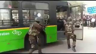 live Encounter : live Action :  Swat commando live action in dtc bus : Special Forces