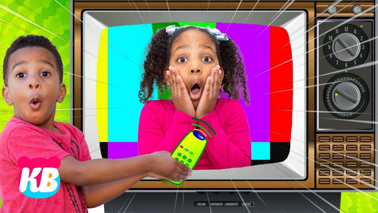 Kyraboo is STUCK IN THE TV | Kamdenboy & Kyraboo