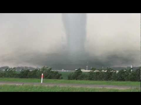 List of Synonyms and Antonyms of the Word: huge f5 tornado
