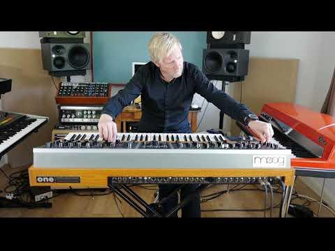 Moog One sounds