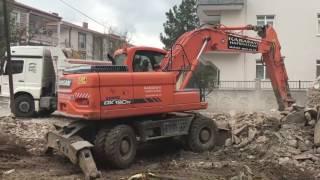 İNŞAAT ESKİ BİNA YIKIYOR DOOSAN DX 190 W İLE MERCEDES AXOR
