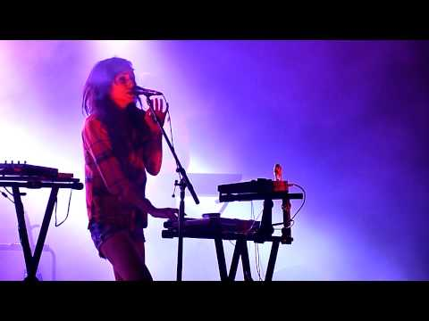 LIGHTS - Toes LIVE (New Song)