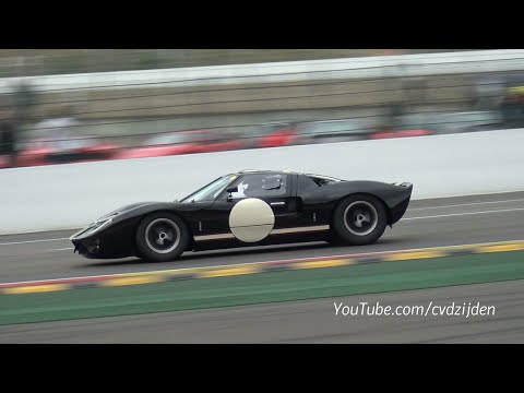 Ford Gt40 Race Car Brutal Sounds Accelerations Youtube