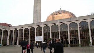 طعن رجل في مسجد بالقرب من ريجنتس بارك في لندن