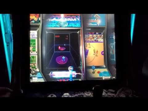 Coinops Diamonds 3+ on Arcade1up from Retro Gamer