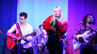 BENNETT performing 'DARK WATER' live