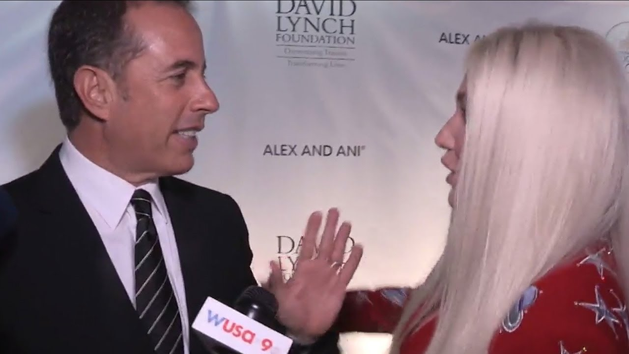 Jerry Seinfeld has cringe-worthy encounter with Kesha
