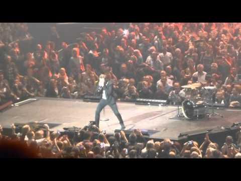 Johnny Hallyday-Impro harmonica Greg Zlap-Zénith de Strasbourg 2015