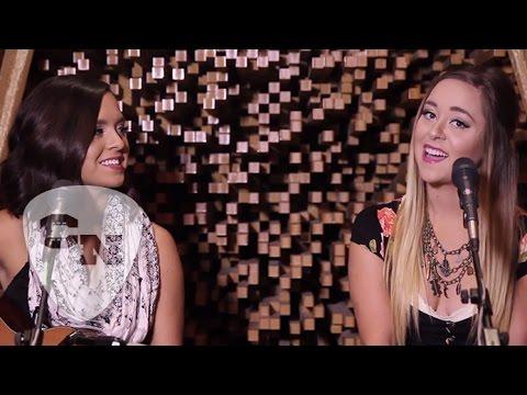 "Megan and Liz Perform  ""Landslide"" | Country Now"