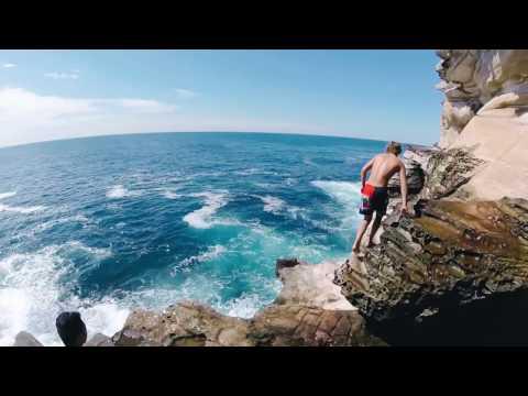 Sydney Cliff Jumping