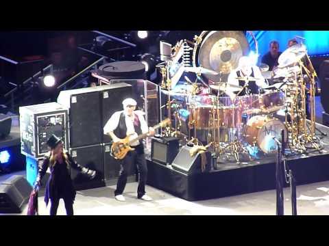 Go your own way - Fleetwood Mac - Ziggo Dome 07-10-'13