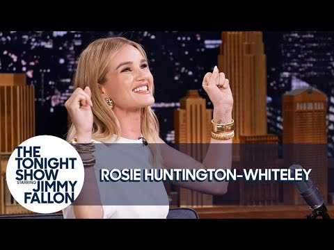 Rosie Huntington-Whiteley Pranked Jimmy With A Selfie At The Met Gala
