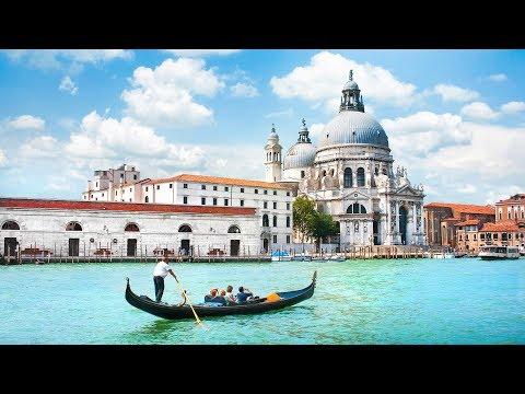 venice---gondola-ride-and-serenade