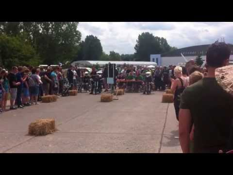 10. Simsontreffen Merseburg 2013 Simson Beschleunigungsrennen  Felix's Chopper