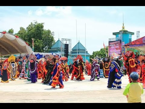 Parade Barong Se-Kalimantan Timur (Hut ke 21th Paguyuban Warga Kediri Bontang)