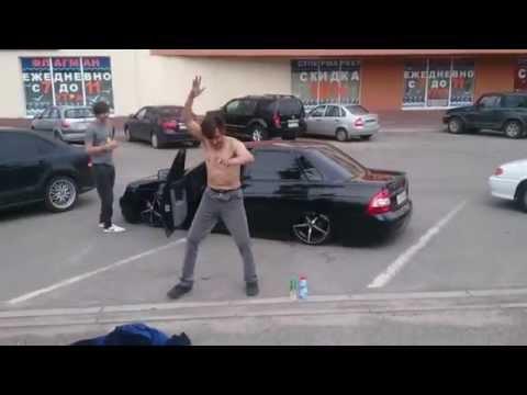 видео: Ставрополь. Горячие танцы)))Танцы на Флагмане. Доваторцев