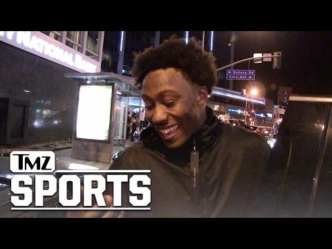 BRANDON MARSHALL SEES NAKED JAY CUTLER PIC ... Epic Hilarity Ensues! | TMZ Sports