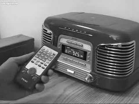 Basic Functions of the TEAC CD Player/Clock Radio Remote