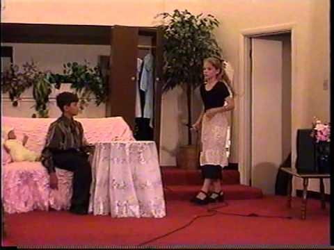 Сценка - Муж и жена