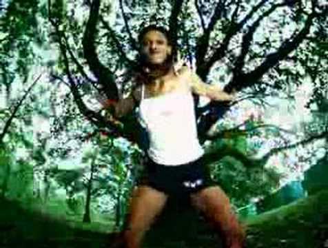 Juvenile Feat. Mannie Fresh & Lil' Wayne - Back That Azz Up