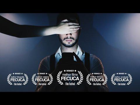 Assista ao curta-metragem: MIOPIA