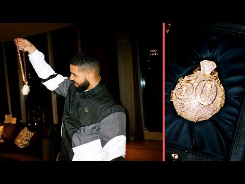 "Drake Gets New ""50 Chain"" In Honor Of His Friend OVO ""Fif"" Who Passed In Toronto Last Year (2018)"